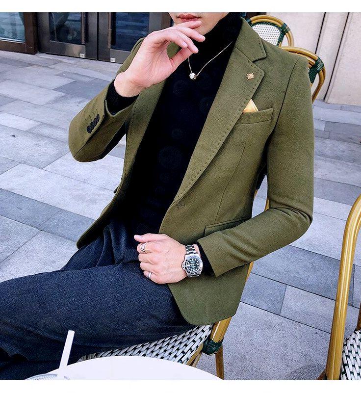 Блейзер зеленого цвета